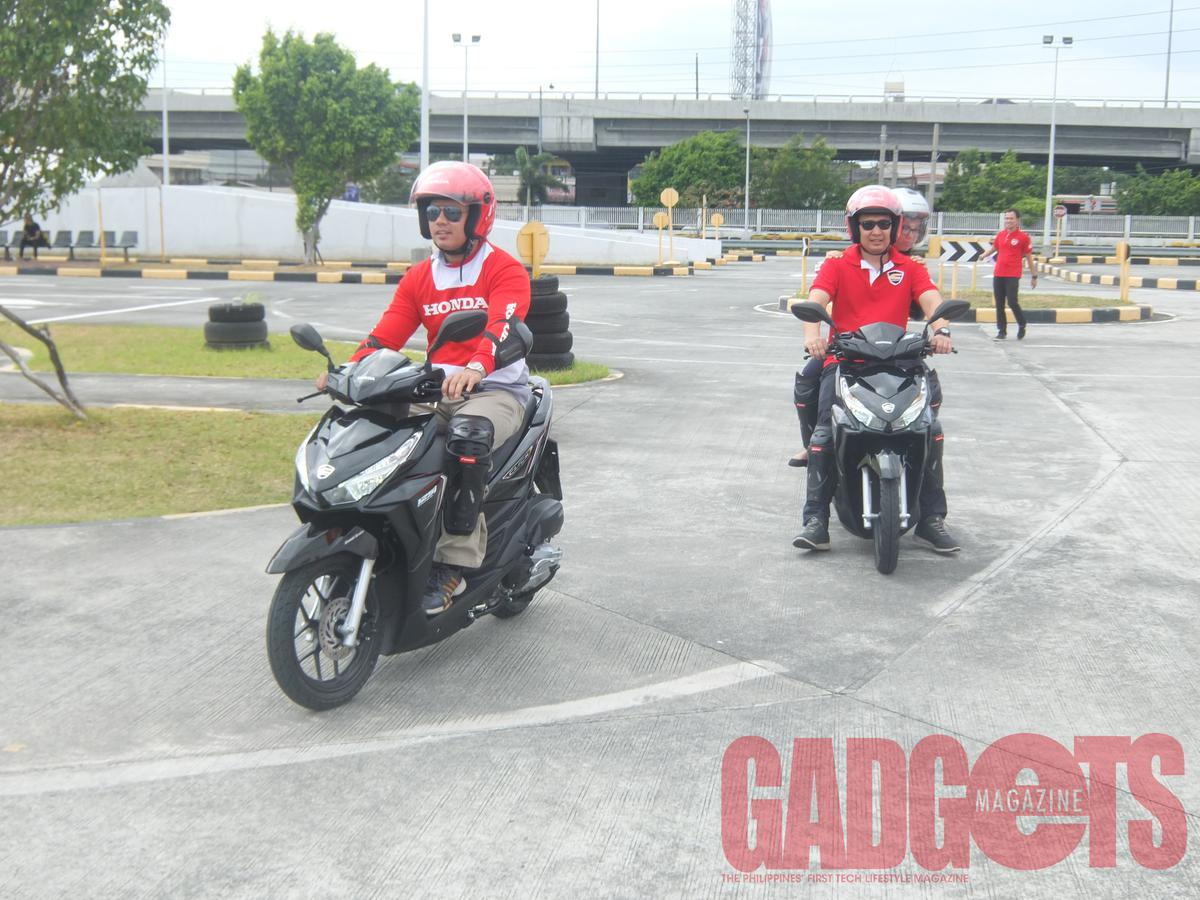 Honda motorcycles philippines website - The Media Got To Try Out The Click 125i In Honda S Safety Driving Center